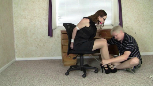Crystal Clark & Elizabeth Andrews - Her First Day At the Office
