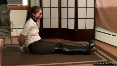 Rachel Adams hot riding hotty