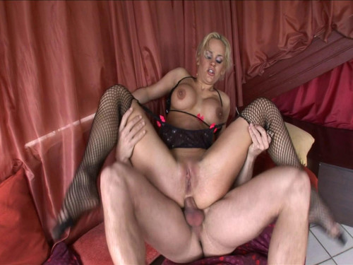 Big titted blondie fucks like it's her last banging