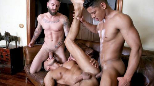 Rico Vega, Klein Kerr & Santiago Rodriguez (720p,1080p)