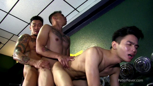 PeterFever - Threesome in the Gym
