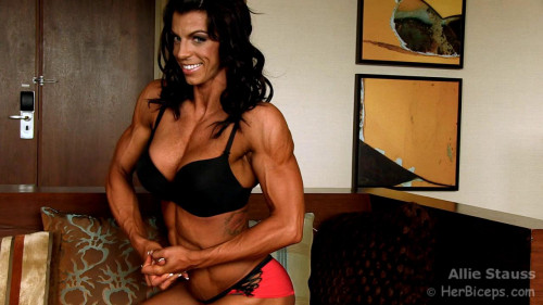 Allie Stauss - Fitness Model Female Muscle