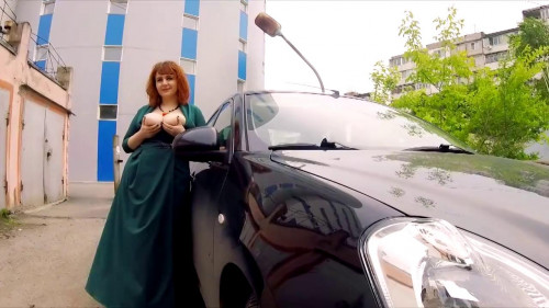 huge tit milf katrin in green dress goes to wedding