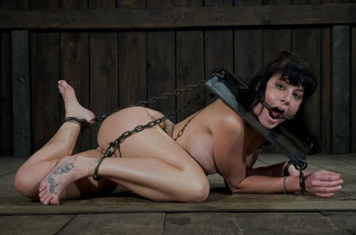 Slave is preparing for torture