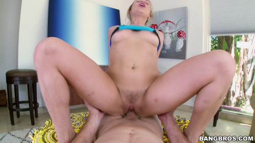 Mia Malkova - Pornstar does yoga before bouncing her big ass on cock Celebrities
