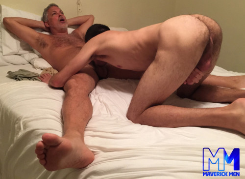 Golden Boy Torture Toy Gay Clips