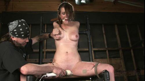 Xandra Nichole Likes Kinky Relax Part 3