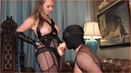 Show uncovered nipples Femdom and Strapon
