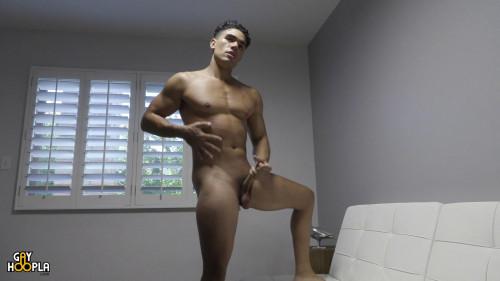 Max Richie Gay Solo