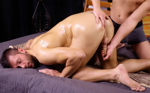Milan Neoral - Massage