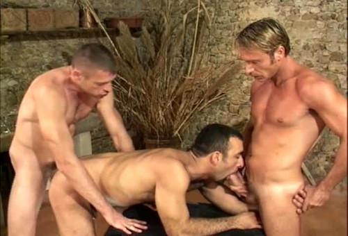 Summer Sex At Cazzo Hotel