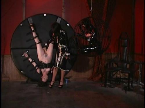 GwenMedia - Pleasure Slaves BDSM Latex