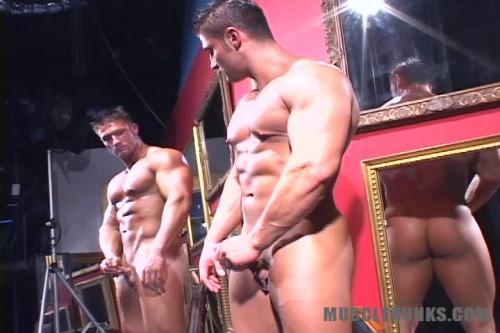MuscleHunks - Joe Logan - College Muscle Man