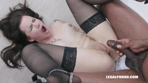 Obedient slut Zara Lick enjoys pissing and anal sex with black guys Peeing