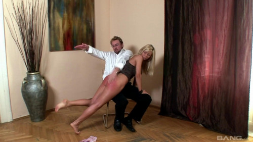 Couldnt Wait To Bend Over And Have Her Juicy Ass Spanked - Full HD 1080p
