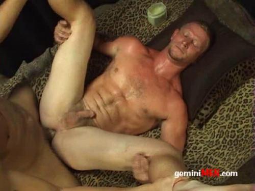 Gemini Men - Andrew Fucks Dustin Gay Clips