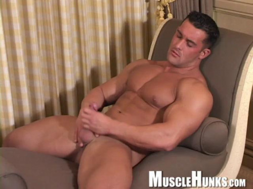 MuscleHunks - Rob Rossi - Unreal Appeal II Gay Solo