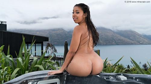 Jasmine Summers Masturbation