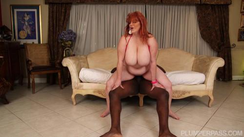 Roxee Robinson - Swim or Sink on his Cock BBW Sex