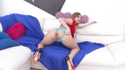 Piss smelling slut Julia Red fisted by Francys Belle, assfucked by four men Orgies