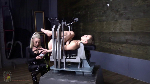 Chic Vice Electrified - Elise Graves and Ruby - Full HD 1080p