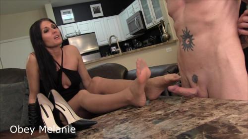Walk on Balls - Obey Melanie - Full HD 1080p