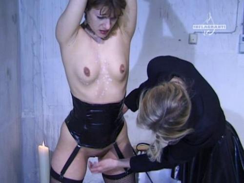 Dominas und ihre Zofen Part 2 BDSM