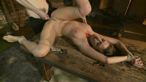 Rilynn Rae Learning to be a Good Submissive(