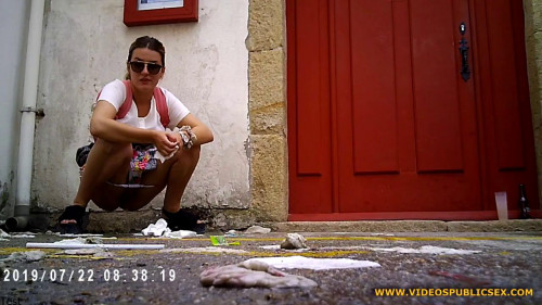 Peeing in Public - Girls Gotta Go - HD 720p Hidden Cam Sex