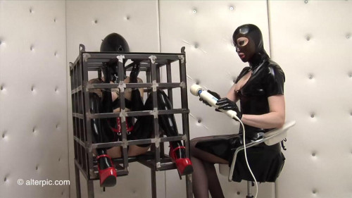 Diminutive Cage - ASS TO MOUTH Anna Rose and Adreena Winters