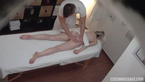 Czech massage Scene number 321 Hidden camera