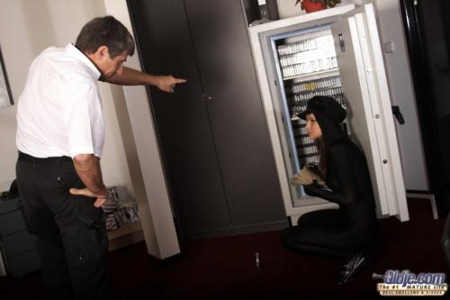 Burglar is Paying Mature, MILF