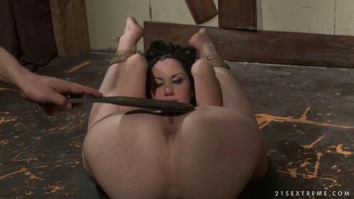 She Never Listens - Gina Lorenzza - Full HD 1080p