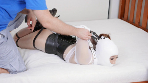 Parole Stella - Domination HD BDSM