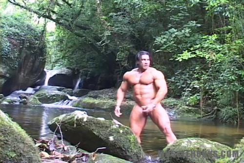 MuscleHunks - Daniel Morocco - Fountain of Stamina Gay Solo