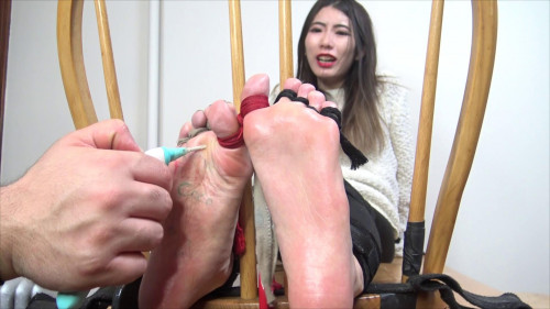 The Tickle Room - Asian Cocos Audition Hot & Hysterical