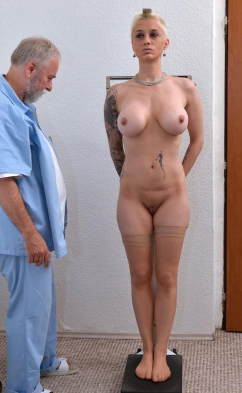 Mila MIlan (28 years girl gyno exam)