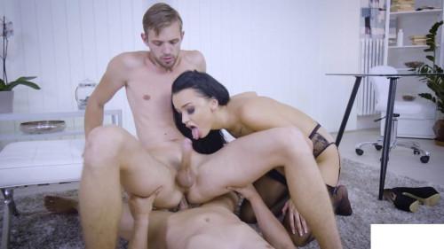Daphne Kyle , Rami Mikki , Nick Vargas Bisexuals
