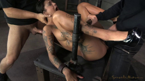 Bonnie Rotten shackled in strict device bondage