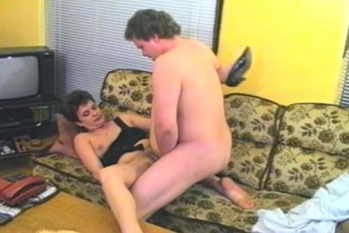 Sexual pleasure of mature mom
