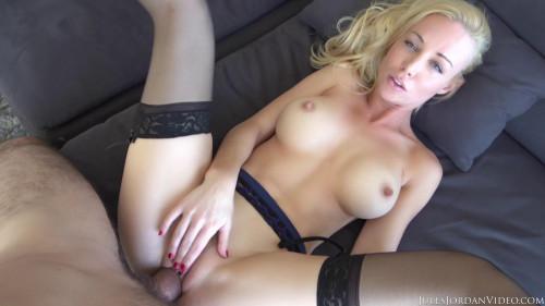Pretty Blonde Kayden Kross Has Hot Sex with Her Beau Manuel Ferrara