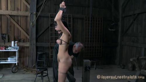 Nevers Reaching Nyssa Nevers BDSM