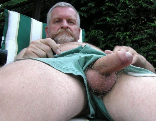 Collection of photos of elderly men Gay Pics