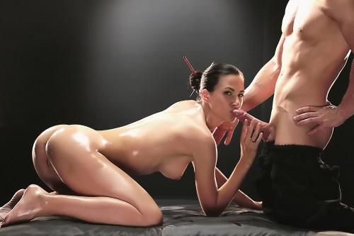 Lauren Crist - Sexy Czech enjoys oily massage and sensual sex with gardener (2017) Sex Massage