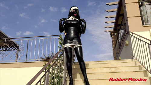 Lucy Pt.1 BDSM Latex