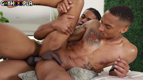 One of His Biggest Cocks Ever - Eli Bennett Takes On LARGE King Coleman