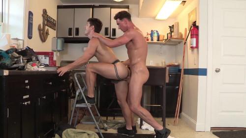 Hot Fucking of Cade Maddox & Devin Franco 1080p