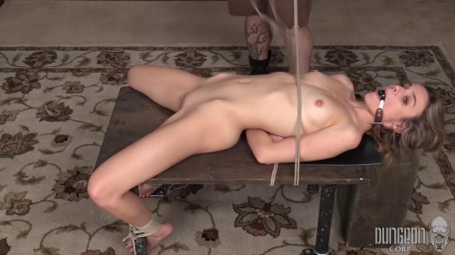 Addee Kate - Finding Her Submissive part 2
