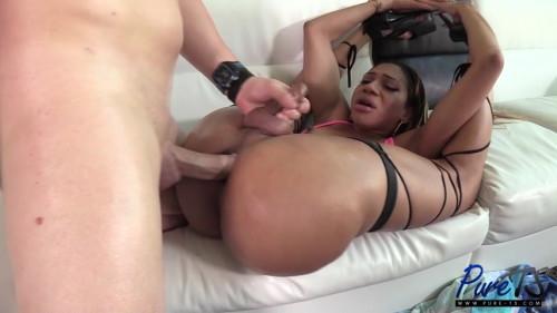 Natalia La Potra - Massive booty babe gets oiled up and fucked