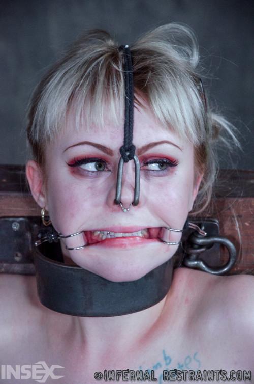 Wedged , Anna Tyler , HD 720p BDSM